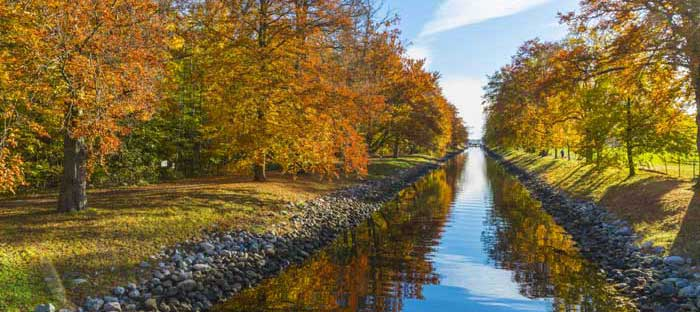 fall is a wonderful time to enjoy shopping, dining, and the wonderful sights in Doylestown, Bucks County PA